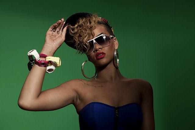 Rihanna-Promoting-Baby-G-G-Shock%20Mini-